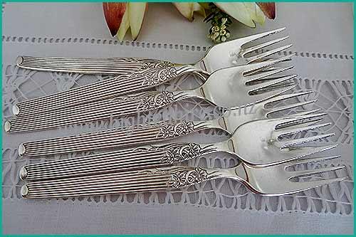 Small-patterned-silver-vintage-desert-forks-high-tea-hire-napier