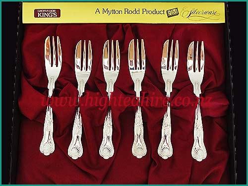 Grosvenor-Kings-Silver-Cake-Forks-500x375-high-tea-hire-napier-nz