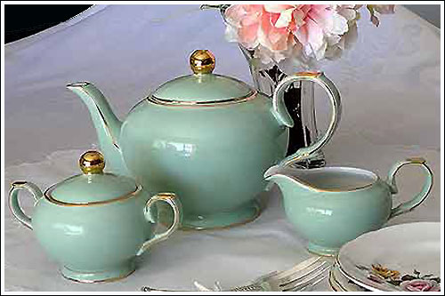 Art-Deco-style-Teapot-set-event-high-tea-hire-napier-nz