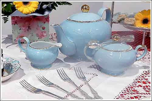 Blue-Art-Deco-style-teapot-for-hire-high-tea-napier