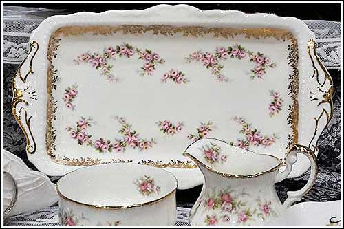 Dimity-Rose-Royal-Albert-Sandwich-plate-Highteahire.co.nz