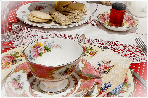 Mix-and-match-vintage-high-tea-hire-weddings-Napier-NZ