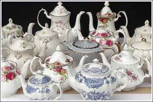 Teapots-&-Coffee-pots-Vintage-high-tea-hire-napier-nz