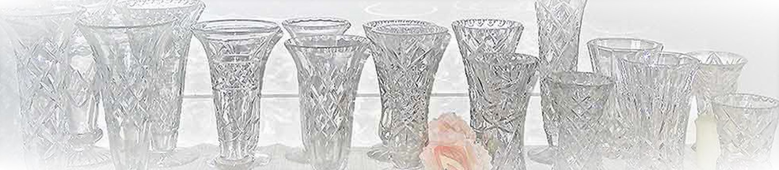 Depression-and-Crystal-Vases-for-hire-hightesahire.co-nz