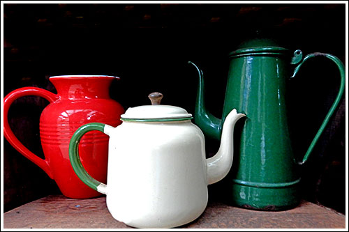 Enamel-teapot-coffee-pot-Party-prop-high-tea-hire-napier-new-Zealand