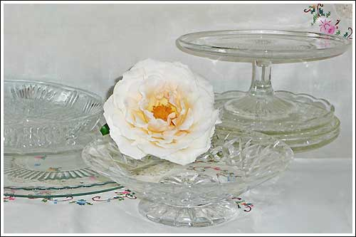 Glass-Cake-plates-High-Tea-Hire-Napier-New-Zealand