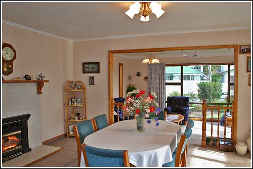 Nest-Haven-B-&-B-Napier-Taradale-New-Zealand,-Dining-room