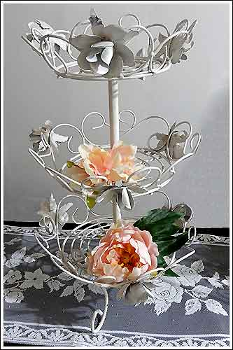 Wire-and-metal-basket-stand-High-Tea-Hire-Napier-New-Zealand