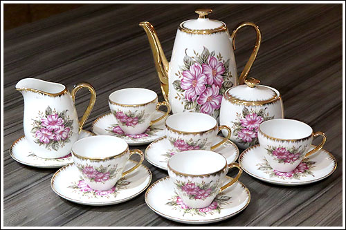Tea time with Cindarella/ Mad Hatter birthday  party.  Hire your china pieces from High Tea Hire Napier New Zealand