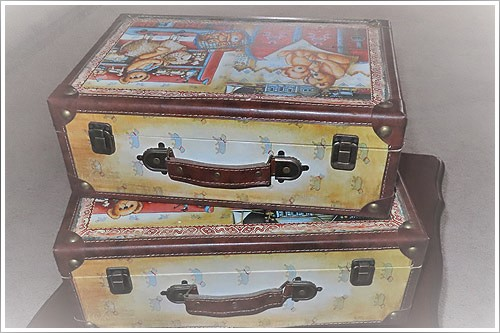 Prop-small-suitcases-for-hire-high-tea-napier-nz-